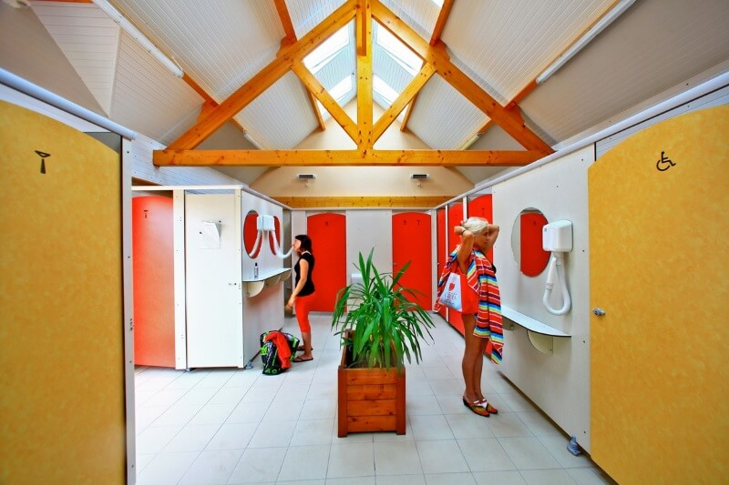 toilettes camping Normandie